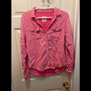3/20$ hollister pink plaid button up medium